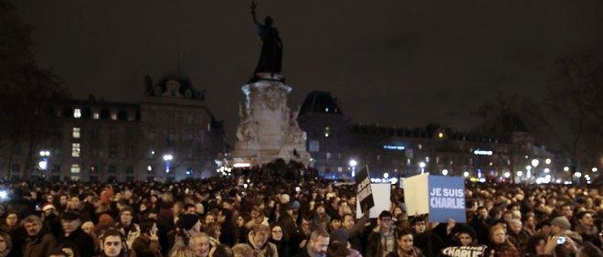 Des rassemblements en hommage aux victimes ont lieu dans toute la France.