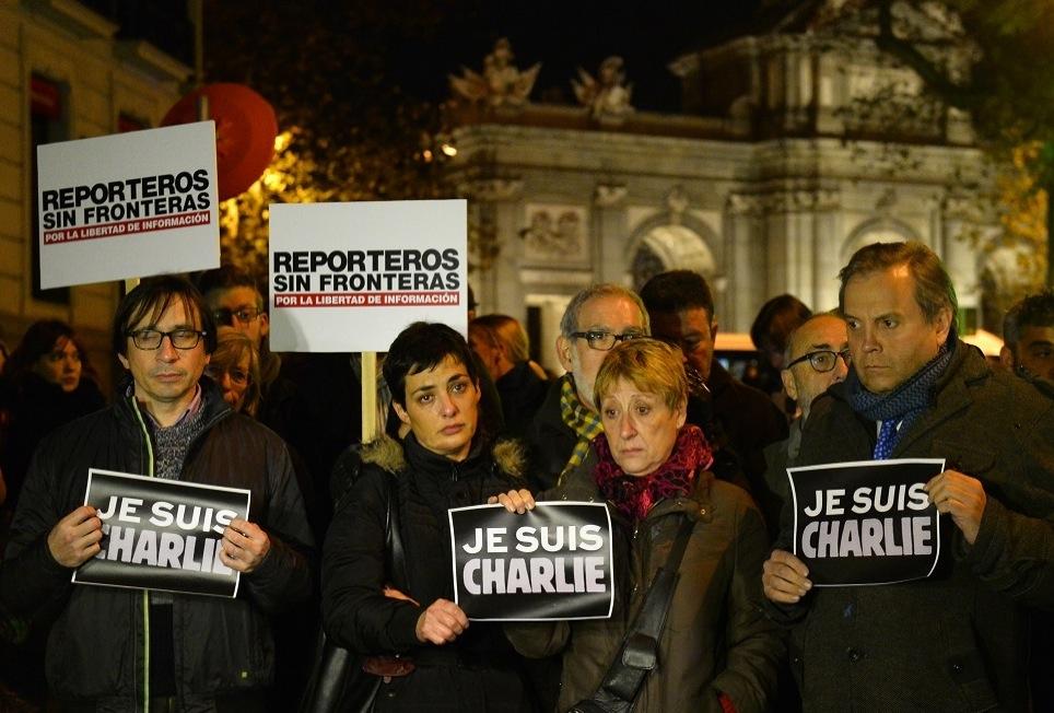 """Manifestation de soutien à la France après l'attentat de """"Charlie Hebdo"""" à Madrid ©  GERARD JULIEN/AFP PHOTO"""