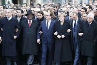 L'inédit cortège parisien a réuni, entre autres, Benyamin Netanyahou et Mahmoud Abbas autour de François Hollande. ©Michel Euler/AP/SIPA