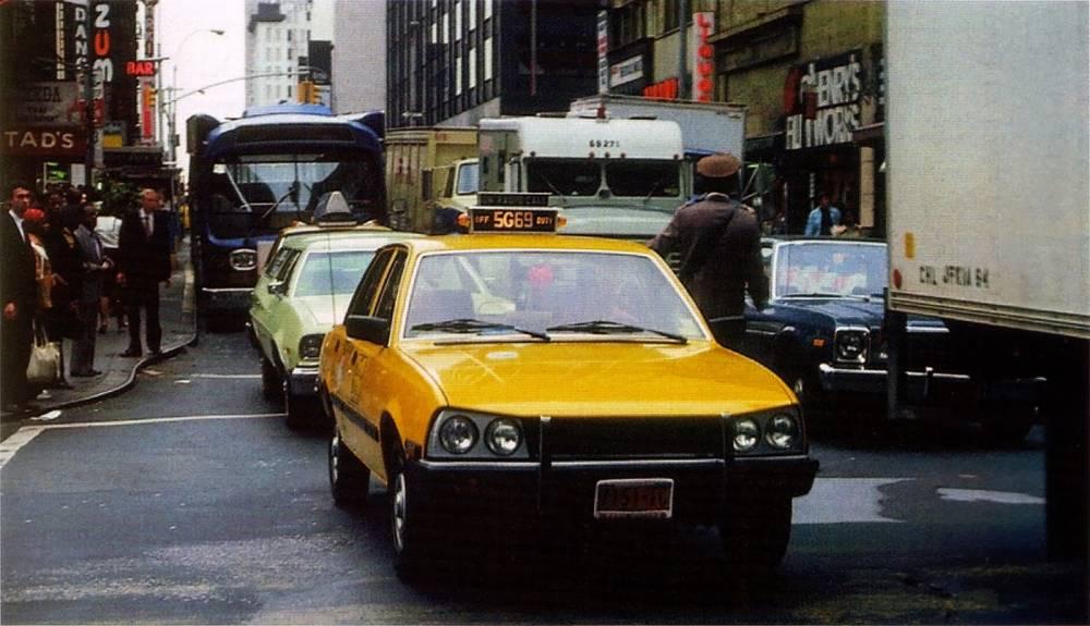 """La 505 en """"yellow cab"""" new-yorkais,ce n'est pas une blague ©  DR"""