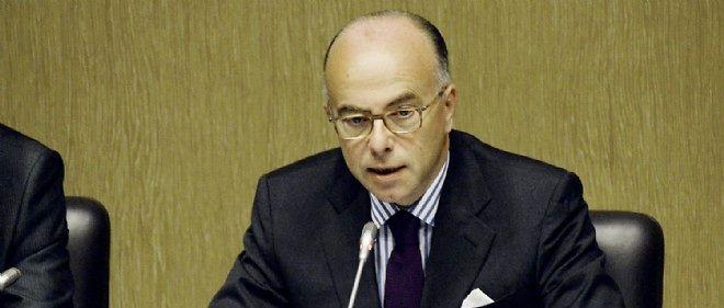 Le ministre de l'Intérieur Bernard Cazeneuve a annoncé les grandes lignes de son plan de lutte contre la mortalité routière.