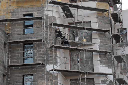 L'année 2014 a été très mauvaise pour la construction de logements neufs en France, le nombre des mises en chantier passant en-deçà de la barre symbolique des 300.000 logements pour la première fois depuis 17 ans © Damien Meyer AFP/Archives