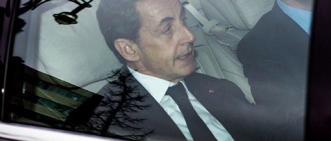 Nicolas Sarkozy a trop tardé à donner ses consignes de vote pour l'élection législative du Doubs et s'est fait dépasser par les barons de l'UMP.
