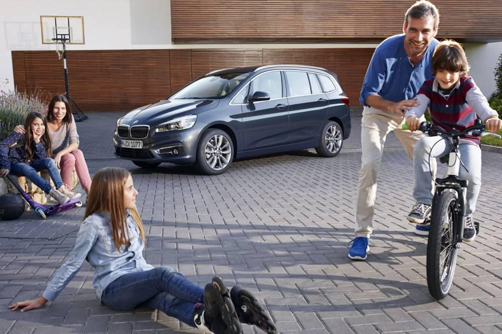 Vocation familliale affirmée et une façon d'éviter le 4x4, plus gourmand en carburant ©  BMW