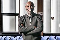 Simon Nyeck, directeur du centre d'excellence luxe à l'Essec. ©Julien Faure