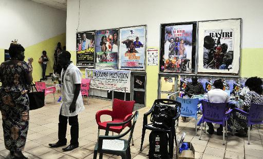 Des affiches de films au Fespaco à Ouagadougou le 3 mars 2015 © Ahmed Ouoba AFP