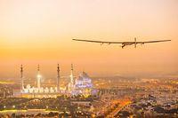 L'avion Solar Impulse 2 a atterri lundi soir sans encombre au sultanat d'Oman, première étape de sa tentative du tour du monde sans carburant.