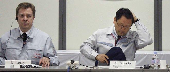 Didier Leroy et Akio Toyoda, PDG de Toyota, en 2010.