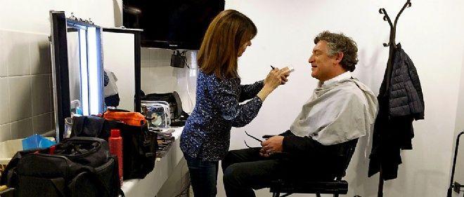 """Michel Onfray au maquillage, le 5 mars, avant l'enregistrement de l'émission de François Busnel """"La Grande Librairie""""."""