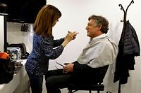 Michel Onfray au maquillage, le 5 mars, avant l'enregistrement de l'émission de François Busnel