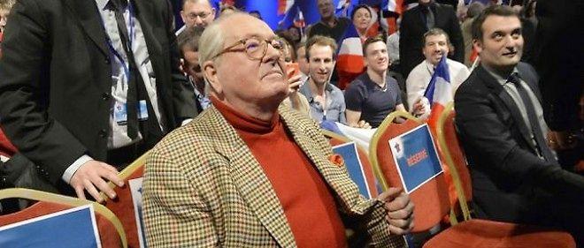 """Polémique Ménard : Jean-Marie Le Pen refuse les """"leçons de Valls""""."""