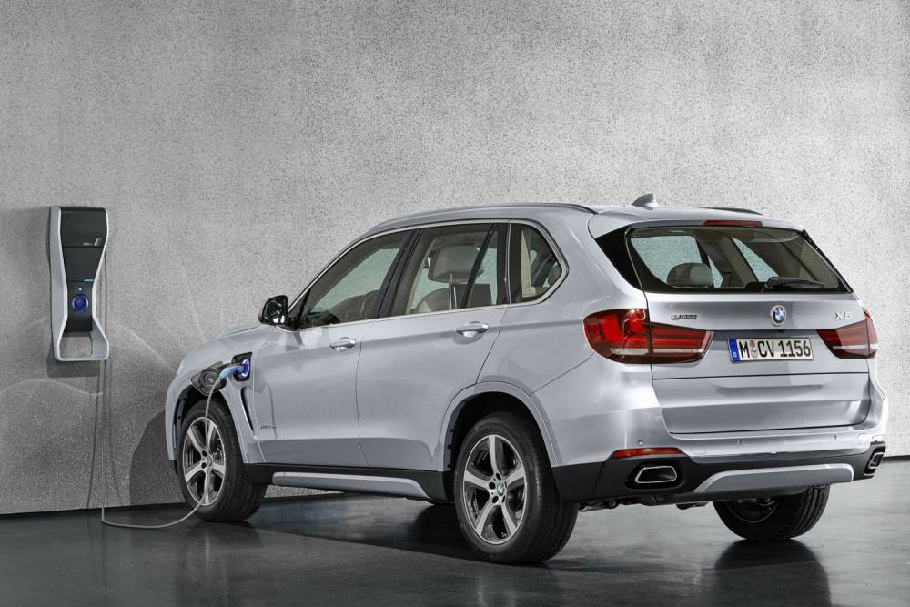 BMW X5 xDrive40e ©  BMW