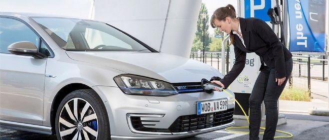 La Golf GTE profite d'un bonus à l'achat de 4 000 euros et échappe à la taxe sur les voitures de société.