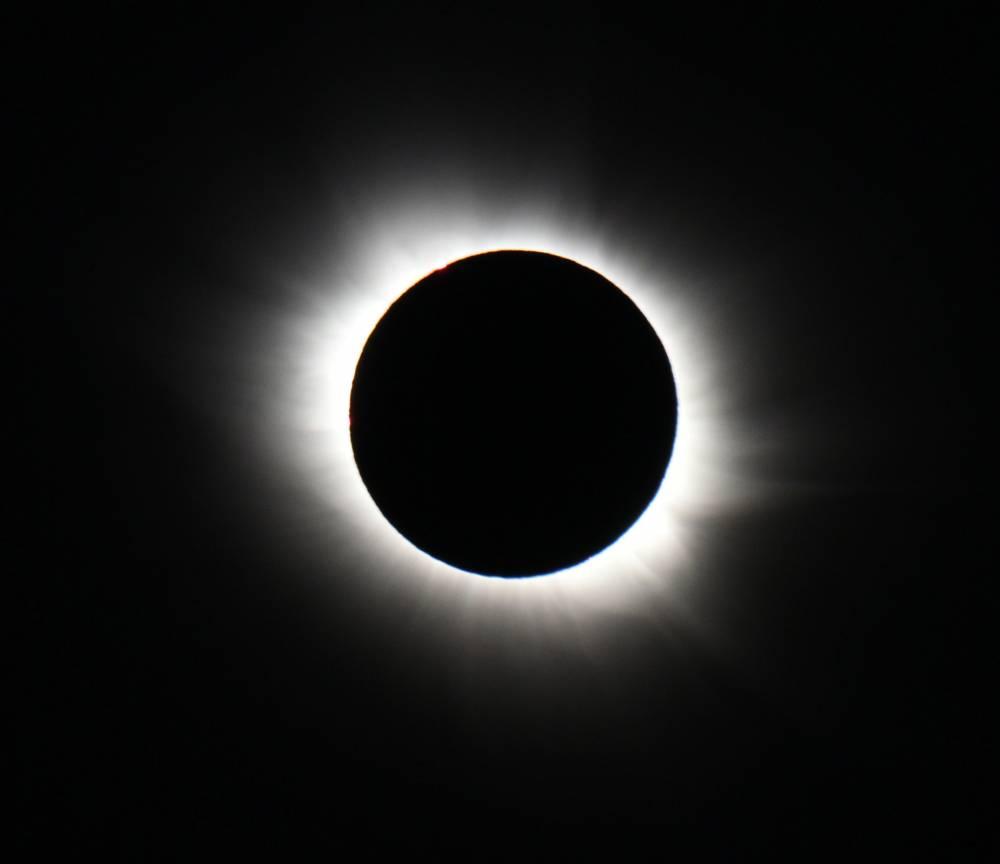 L'éclipse totale du 20 mars 2015 vue de l'île norvégienne du Spitzberg. ©  AFP PHOTO / STAN HONDA