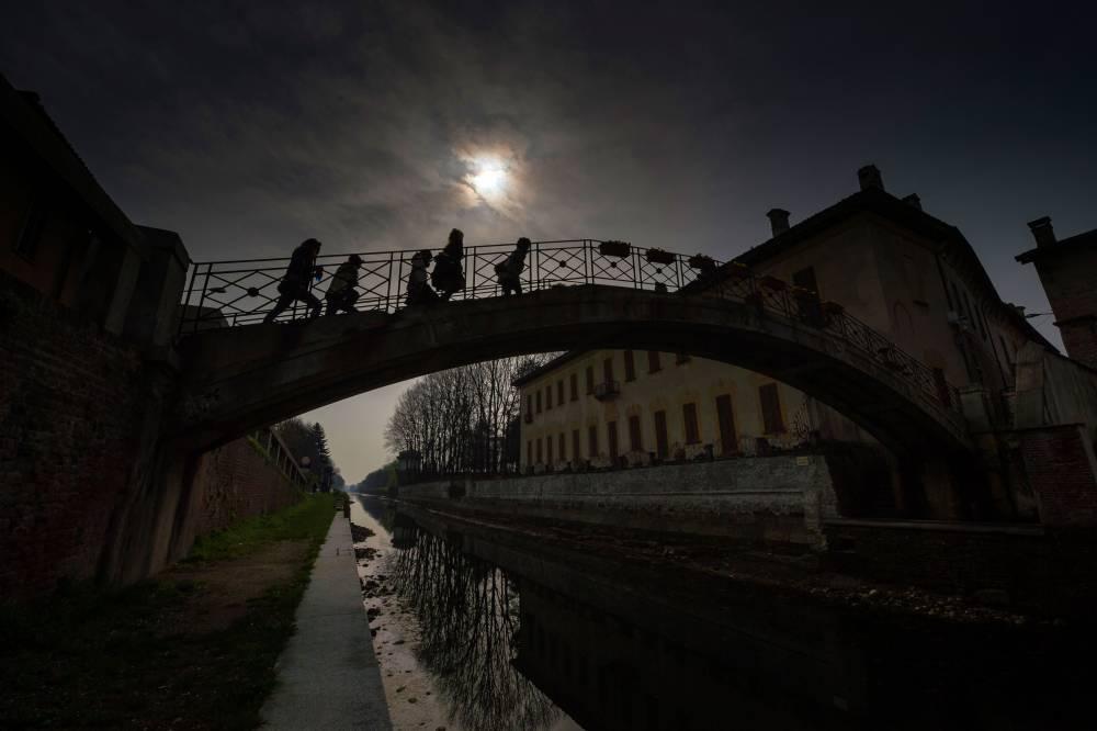 L'éclipse vue depuis Milan en Italie ©  OLIVIER MORIN / AFP