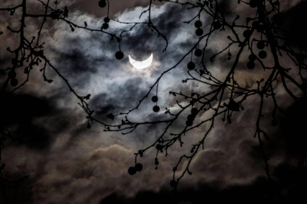 L'éclipse vue de Barcelone en Espagne ©  Miquel Llop / NurPhoto