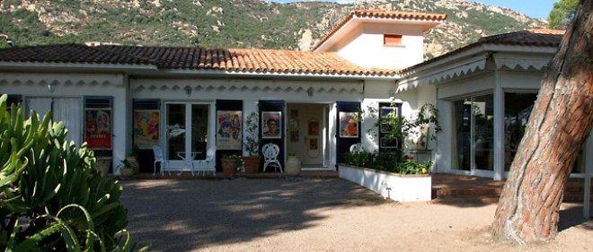 Ajaccio : la maison de Tino Rossi cambriolée - Le Point
