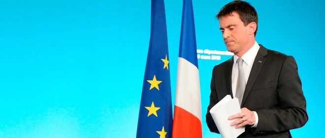 Manuel Valls, comme Ayrault en mars 2014, est désavoué par le résultat d'élections locales.