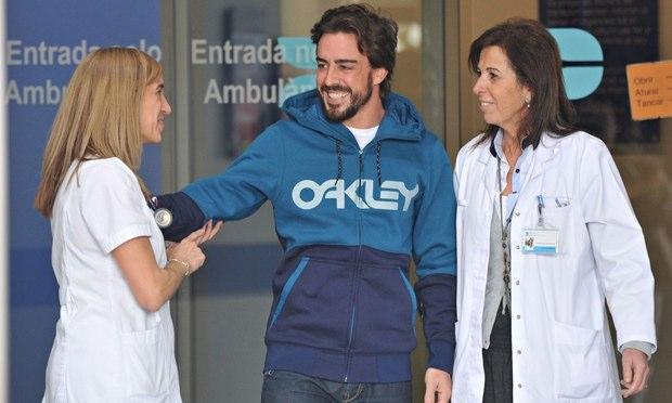 Fernando Alonso, à sa sortie de l'hopital. ©  DR
