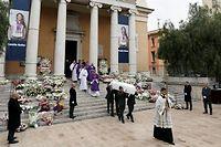 200 Niçois sont venus rendre hommage à Camille Muffat à l'occasion de ses obsèques. ©CHARLY TRIBALLEAU