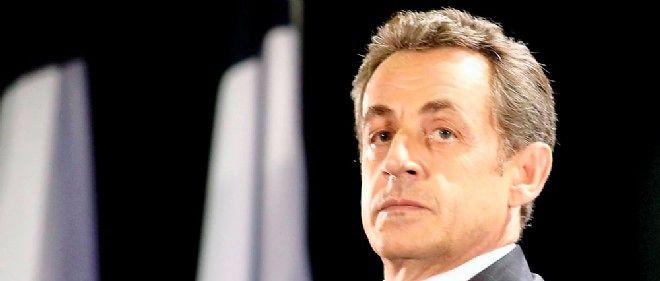 """""""Quelques mois après avoir conquis le parti, Nicolas Sarkozy, ressorti de sa boîte, a enfin réussi sa rentrée politique"""", note FOG."""