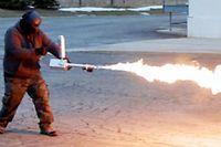 Ce lance-flammes personnel est légal dans 49 Etats américains... ©Ion