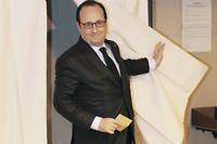 La politique de François Hollande est sanctionnée, une nouvelle fois, par les Français à travers des élections locales. ©MEHDI FEDOUACH / POOL