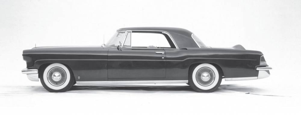La Continental Mark II était l'une des voitures préférées des plus grands stars des années 50, de Frank Sinatra à Elizabeth Taylor. ©  LINCOLN
