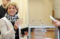 La maire UMP de Montauban, Brigitte Barèges, a le sourire à l'issue des résultats du second tour des départementales. ©REMY GABALDA