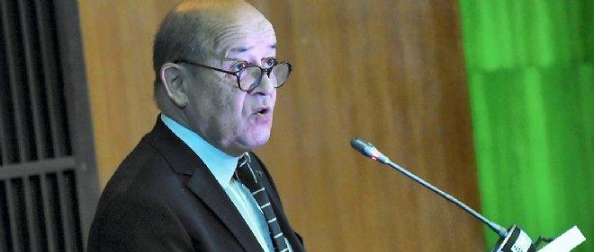 Jean-Yves Le Drian était devant les sénateurs le 2 avril 2015.