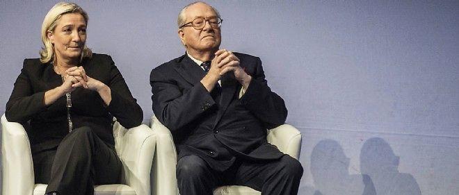 Marine et Jean-Marie Le Pen en novembre 2014. Après des bouderies, la rupture semble consommée entre père et fille.