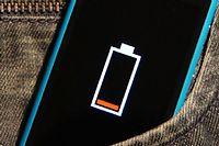 Un smartphone à court de batterie. Photo d'illustration. © Martin Abegglen / CC by-sa via Flickr.com