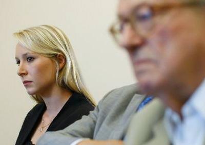 La députée Marion Maréchal-Le Pen accepte de mener la liste FN à la place de son grand-père Jean-Marie Le Pen en Paca aux élections régionales de décembre. ©  Thomas Padilla/MAXPPP