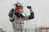 La joie de José Maria Lopez (Citroën) victorieux de la première course et troisième de la seconde.