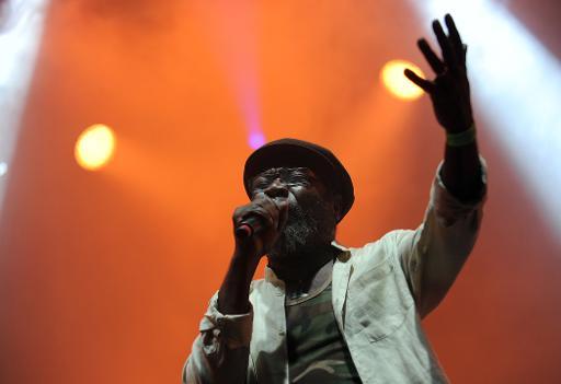 Le chanteur Jamaïcain Clinton Fearon au Printemps de Bourges © GUILLAUME SOUVANT AFP