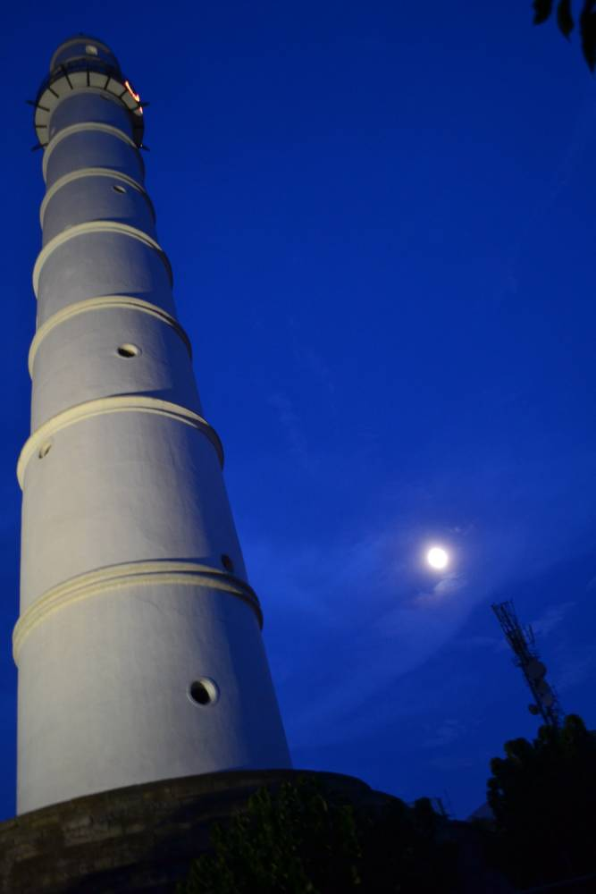La tour Dharahara, aussi appelée tour Bhimsen ©  Rajeev Bista/CC BY-SA 3.0