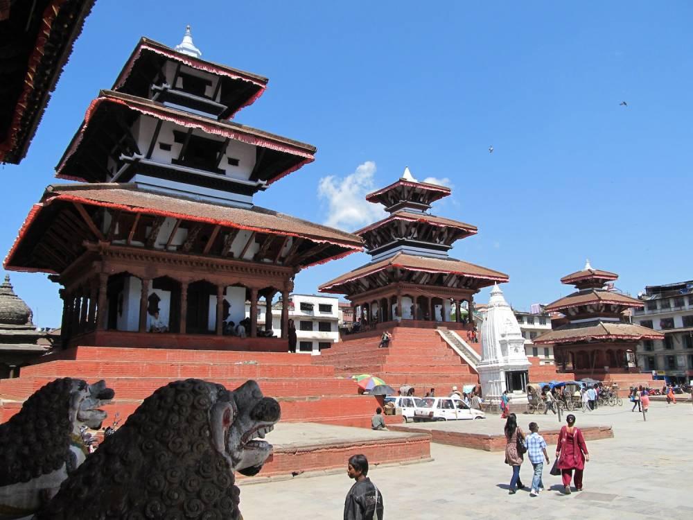 Les temples Trailokya Mohan, Maju Deval et les pagodes Narayan ©  CC BY-SA 3.0