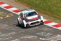 Sébastien Loeb a signé le second temps de la séance d'essai organisée au Nürburgring, derrière son coéquipier Citroën José Maria Lopez.