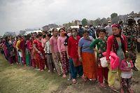 Selon l'Onu ce vendredi, huit des 28 millions de Népalais, dont 1,7 million d'enfants, ont été affectés par ce séisme.