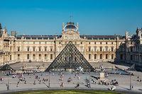 Palais du Louvre, cour Napoléon. ©Olivier Ouadah