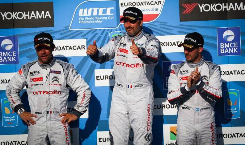 Sur le podium de la course 2, à Marrakech. ©  WTCC