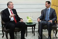 Les président turc et syrien, Recep Tayyip Erdogan et Bachar el-Assad, ici en 2011 à Alep. ©AFP PHOTO/HO/SANA
