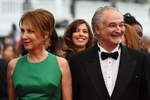 Nathalie Baye et Jacques Attali sur le tapis rouge du palais des festivals, le 15 mai 2015 © ANNE-CHRISTINE POUJOULAT AFP