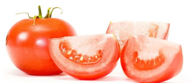 Riche en vitamines, en antioxydants et en fibres, la tomate est recommandée aux femmes enceintes et aux personnes souffrant de maladies cardio-vasculaires ou de diabète.