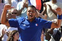 Fin 2014, Jo-Wilfrifd Tsonga a dû renoncer à jouer la finale de la Coupe Davis car son coude était trop douloureux. ©MIGUEL MEDINA / AFP
