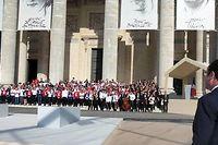 François Hollande aime les cérémonies grandiloquentes. Depuis son élection,