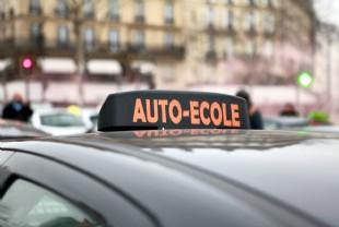 Les auto-écoles en ligne se faufilent sur le marché   Automobile b498bd4bc9e8