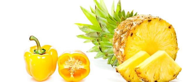 Émulsion de poivron jaune et ananas rehaussée au piment d'Espelette