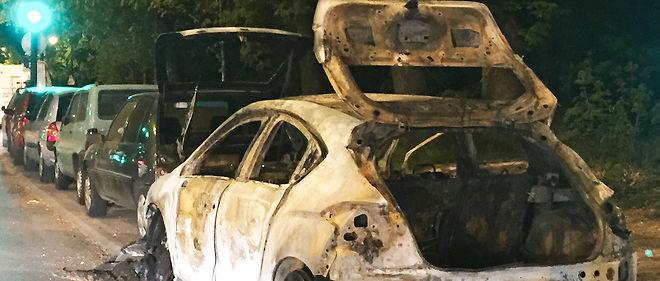 14 juillet : 176 voitures brûlées et près de 600 arrestations - le point