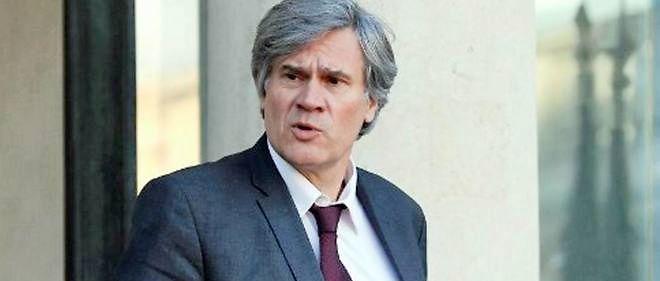 Stéphane Le Foll a annoncé une série de réunions qui aura lieu mardi : avec le Premier ministre pour décider de mesures  supplémentaires de soutien aux éleveurs, puis avec le secrétaire d'État  au Commerce extérieur sur la question des exportations.
